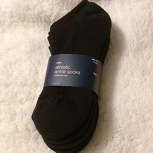 Men's black ankle socks